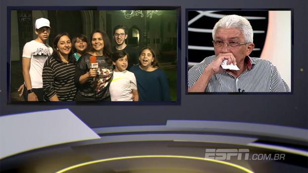 'Aí é covardia': veja a emoção do treinador Givanildo Oliveira após mensagens de familiares
