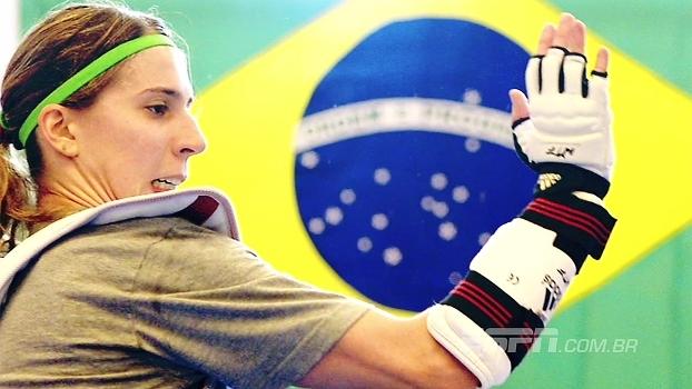 Lesionada, Natália Falavigna participou do grupo técnico da seleção de taekwondo na Rio 2016
