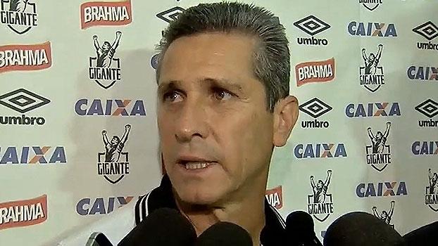 Jorginho elogia o Santos e comemora gol: 'Coloca a gente no Campeonato'