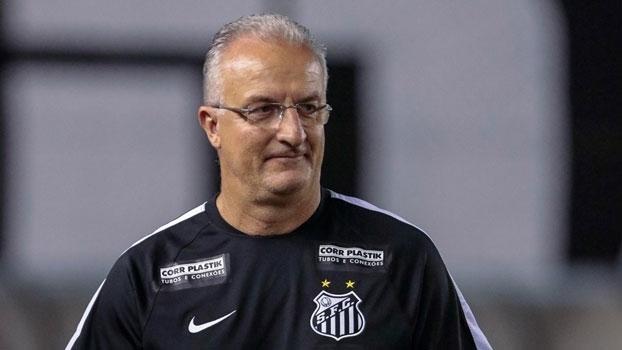Dorival Jr. sonha com retorno de Robinho   Time ganharia em todos os  aspectos b757ffc5bf031