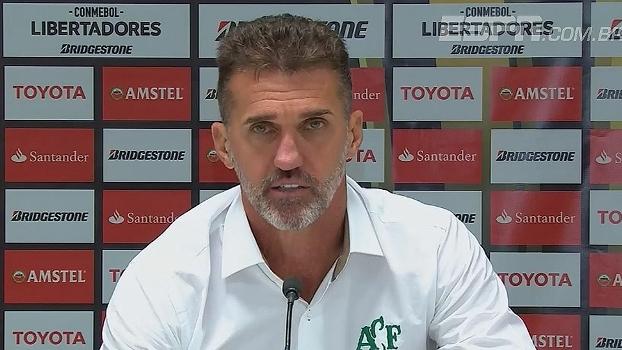 Vagner Mancini lamenta chances perdidas e empate em casa: 'Pecamos muito'