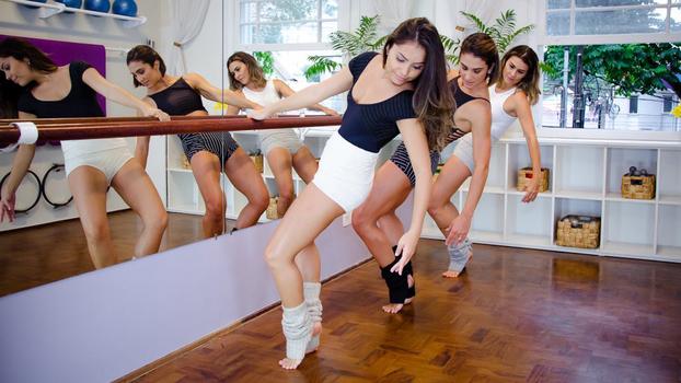Barre Fit, a modalidade que une balé clássico, pilates e exercícios aeróbicos