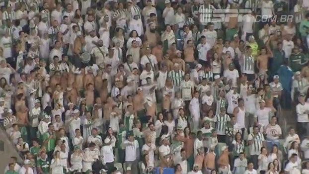 Torcida do Palmeiras protesta no Allianz: 'Muito dinheiro pra pouca obrigação'