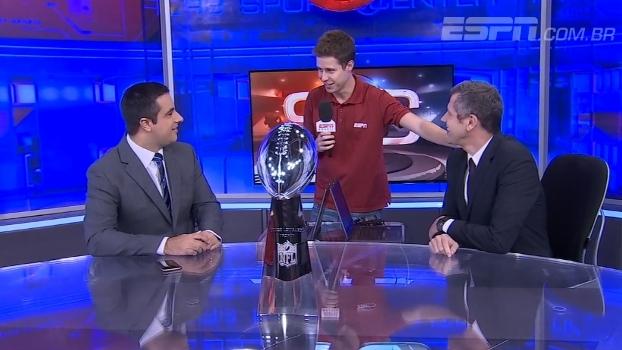 Troféu Vince Lombardi chega aos canais ESPN, invade o Sportscenter e vira atração na redação