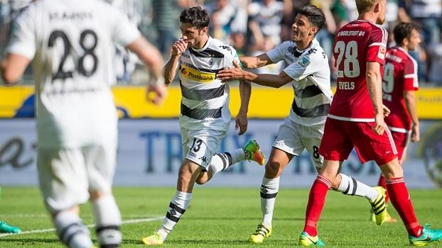 Borussia M'Gladbach vence Ingolstadt em casa e sobe para 4º no Alemão