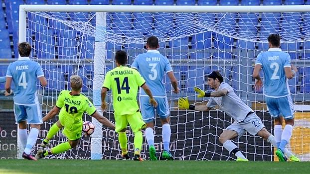 Com gol de pênalti nos acréscimos, Lazio empata em casa com o Bologna no Italiano