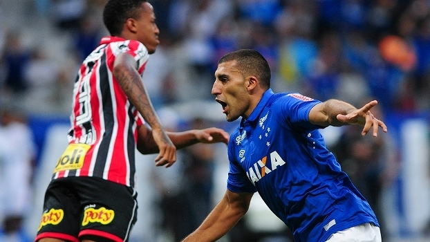 Brasileiro: Gol de Cruzeiro 1 x 0 São Paulo