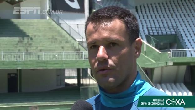 Wilson celebra marca expressiva de minutos jogados pelo Coritiba