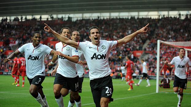 Van Persie errou cavadinha, mas se redimiu com 'hat-trick', e United virou sobre Southampton em 2012