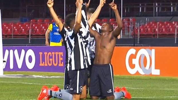 Brasileiro: Gol de São Paulo 0 x 1 Botafogo
