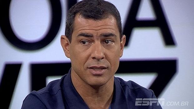 Carille afirma que não mudará seu estilo e crava: 'Qualquer um que assumisse o Corinthians, teria pr