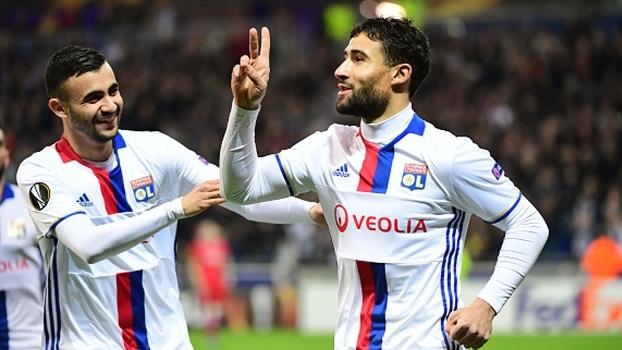 Lyon enfia 7 a 1 no AZ Alkmaar, soma 11 a 2 no agregado e se classifica