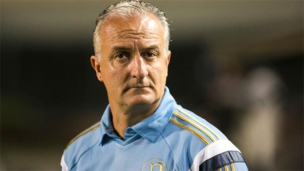 Mauro Cezar: 'Caso não consiga ganhar do Vitória, Palmeiras deve pensar na saída de Dorival Jr'