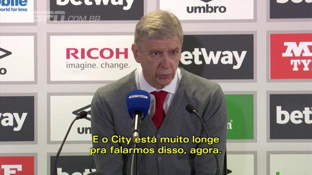 Wenger não vai desistir do título inglês: 'Nosso trabalho é lutar enquanto pudermos'