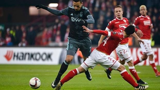 Líder do Grupo G, Ajax empata com Standard Liege e elimina rival na UEFA Europa League
