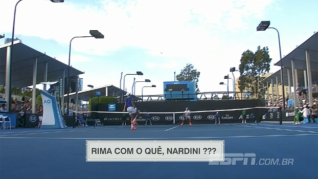 No Australian Open, francês dá smash ridículo e ganha o ponto na sorte