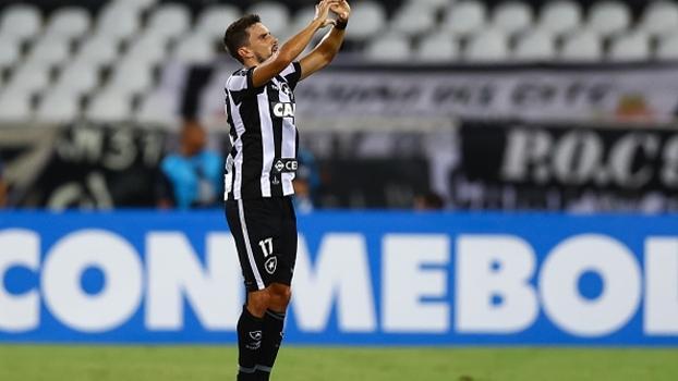 Rodrigo Pimpão nega rótulo de herói e divide méritos: 'O grupo inteiro lutou'