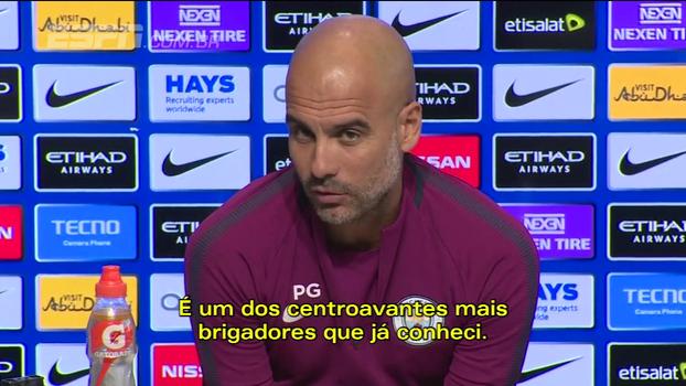 Guardiola compara Gabriel Jesus a Eto'o e diz do que ele precisa para se tornar como Ronaldo Fenômeno