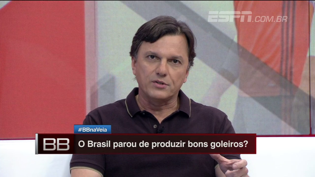 Mauro não concorda com maneira da crítica sobre Alex Muralha e explica cenário do jornalismo