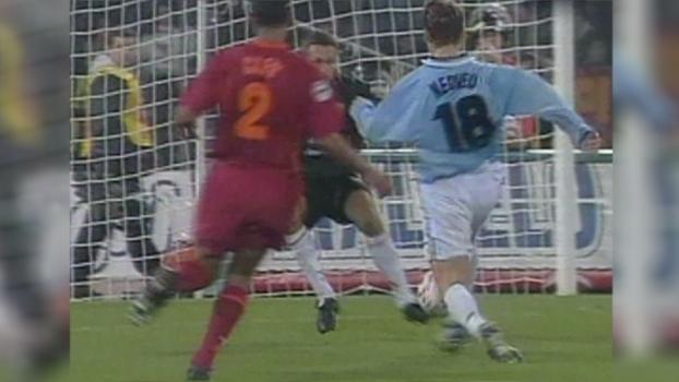 Nedved fez gol antológico, Roberto Mancini também marcou e Lazio bateu Roma em 1997