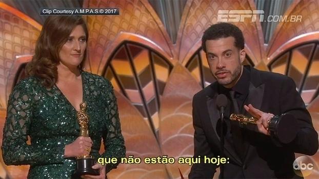 'O.J.: Made in America' ganha Oscar de melhor documentário; veja discurso do diretor Ezra Edelman