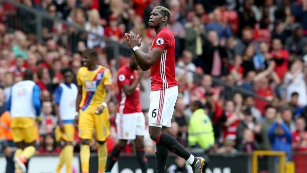 Pogba marca, United vence Crystal Palace e encerra Premier League em 6º lugar