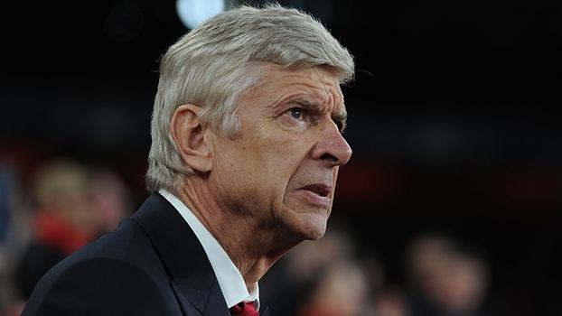 Wenger diz que Ozil 'está pegando o gosto de fazer gols'