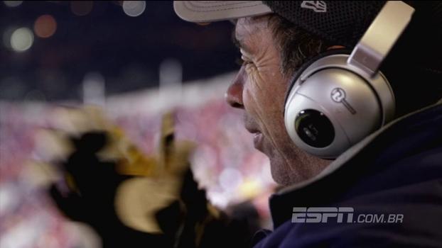 Após assistir a 500 jogos da NFL, americano com paralisia cerebral coleciona histórias e se emociona: 'Eu não vejo, eu sinto'