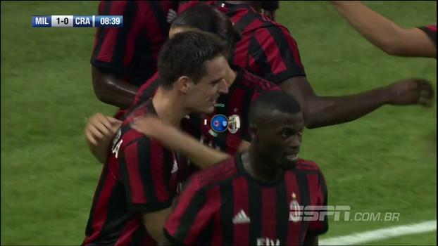 Tempo real: Gol do Milan! Após escanteio e falha do goleiro, Bonaventura abre o placar sobre o Craiova