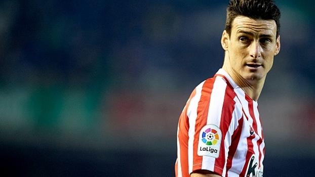 Aduriz marca, Athletic Bilbao bate lanterna e se aproxima da Real Sociedad, 6ª