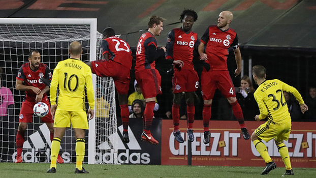 Sem Giovinco e Altidore, Toronto segura 0 a 0 com Columbus no 1º jogo da final do Leste