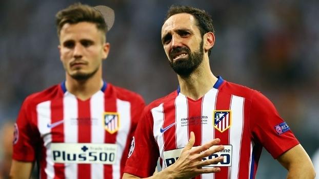Veja o pedido de desculpas de Juanfran à torcida do Atlético de Madri em carta aberta