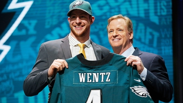 Draft NFL 2016: Eagles escolhem Carson Wentz no 2ª pick