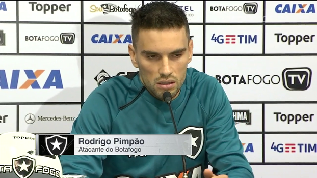 Pimpão lamenta violência de torcedores e analisa próximos jogos do Botafogo