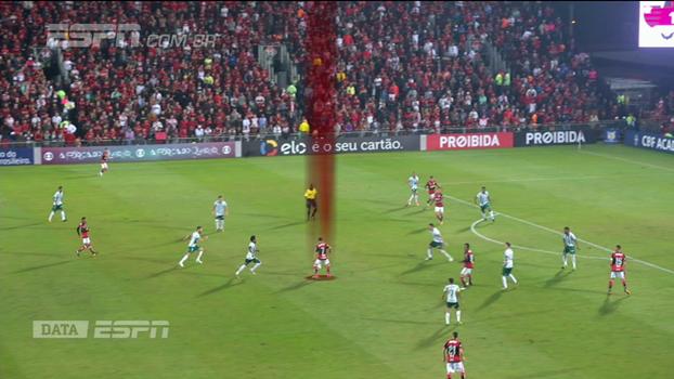 Data ESPN: Gian Oddi mostra como o Flamengo se aproveitou dos erros do Palmeiras para girar a bola