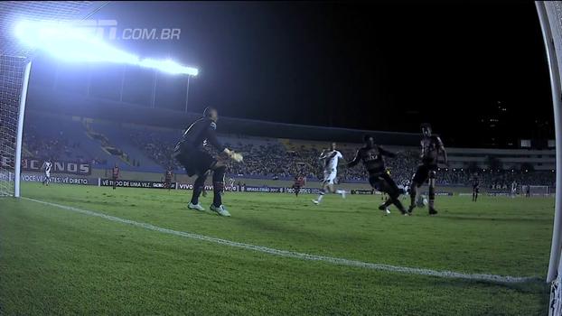 Chilique de Tiago Real, 'jogou onde' de Robinho e gol contra do Atlético-GO; veja os piores lances da rodada