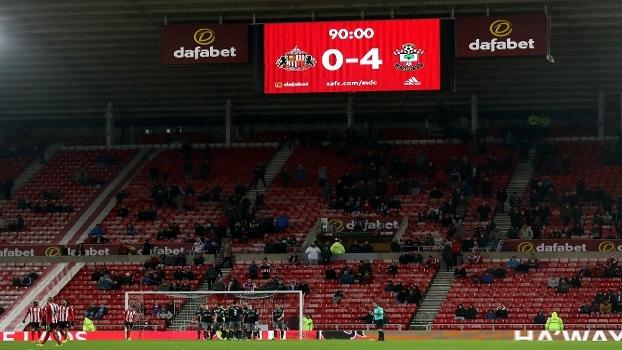 Dois vira, quatro acaba: Southampton atropela Sunderland fora de casa