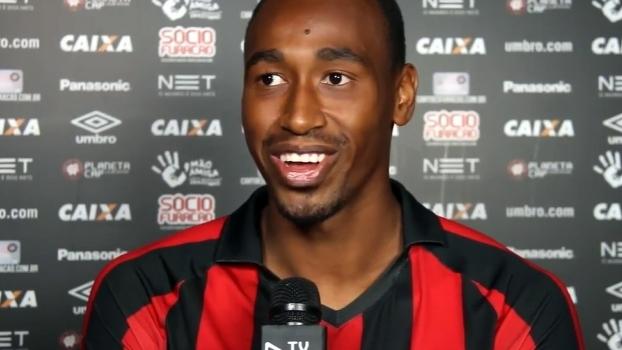 Eduardo Henrique elogia Paulo Autuori e se apresenta: 'Sou um jogador técnico'