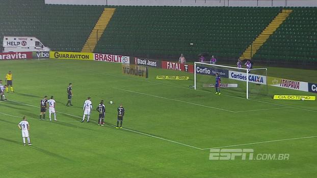 Série B: Gol de Figueirense 1 x 0 Paraná Clube