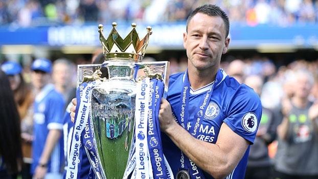 Despedida de uma lenda! Capitão John Terry levanta taça e joga pela última vez em Stamford Bridge