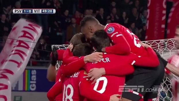 Com gol de Siem De Jong, PSV vence Vitesse