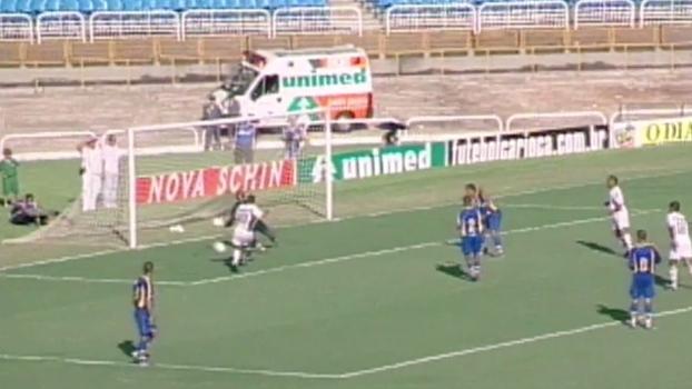 Pouco talento? Flu venceu Madureira em 2004 com gols de Romário e Edmundo