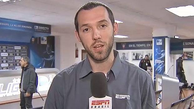 Hofman fala sobre dia de seleção e aponta novidade na defesa e 'futebol moderno' no treino