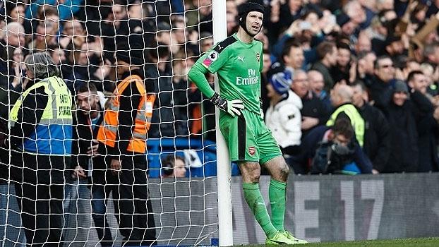 Entregada de Cech, gol horroroso do Everton e mais nas pixotadas da rodada