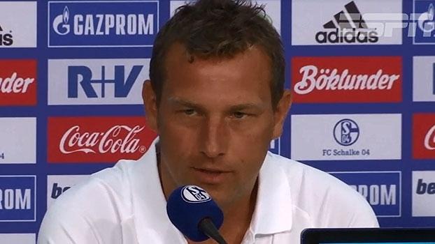 Técnico do Schalke fala em 'plano de jogo' para vencer o Bayern de Munique