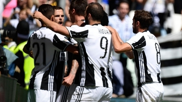 Italiano: Gols de Juventus 3 x 0 Crotone