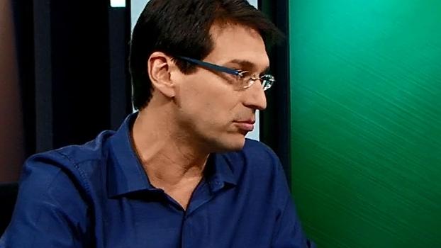 Arnaldo diz não entender a troca Cássio por Walter no gol corintiano
