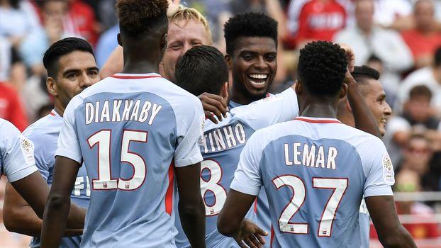 Jemerson comemora o segundo gol do Monaco no jogo