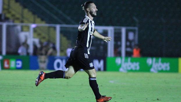 Assista ao gol da vitória do Figueirense sobre o Paysandu por 1 a 0!
