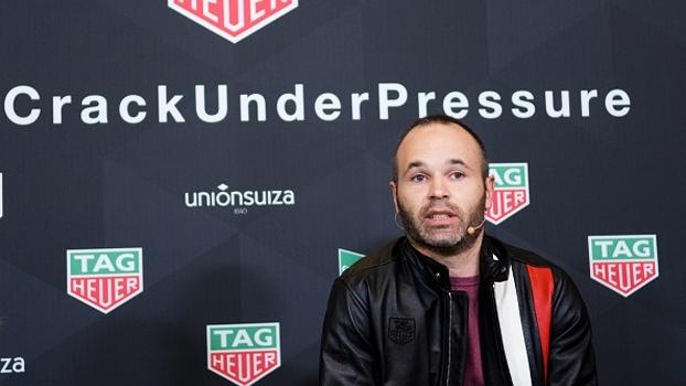 Iniesta aprova auxiliar do Barça para substituir Luis Enrique: 'Conhece tudo muito bem'
